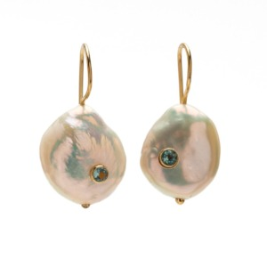 Earrings baroque pearl with blue topaz and gold